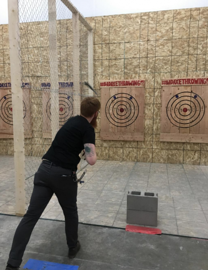 Minneapolis Axe Throwing Coach